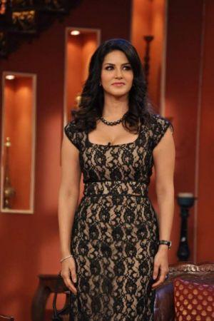 Sunny Leone in Black Suite