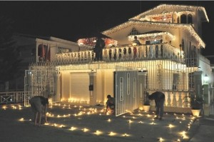 Home-exterior-decoration-on-diwali-festival